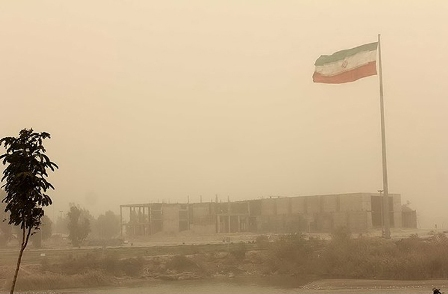 توفان گرد و خاک سیستان و بلوچستان ۹۰ نفر را روانه بیمارستان کرد
