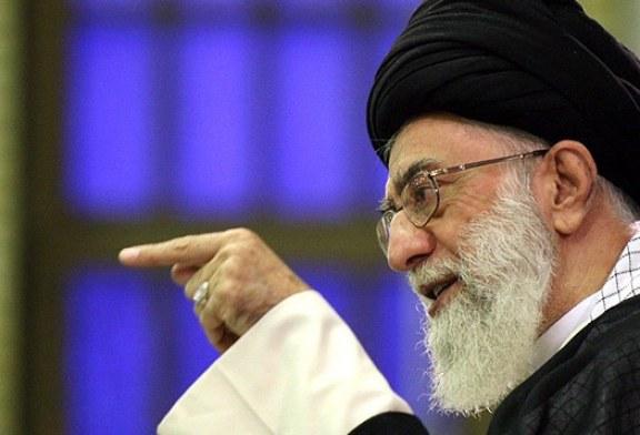 تناقض نامههای خامنهای به جوانان غربی با سیاستهای داخلی او: چرا رهبر به توصیههای خود عمل نمیکند؟