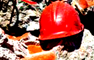 مرگ دو کارگر چاه کن در زرند