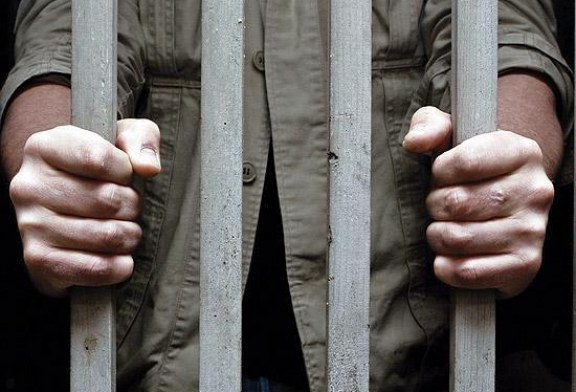 علی بابایی، زندانی هوادار محمدعلی طاهری همچنان در زندان اوین