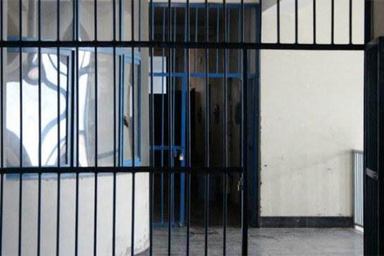 معلمان زندانی از فشارهای وزارت اطلاعات می گویند