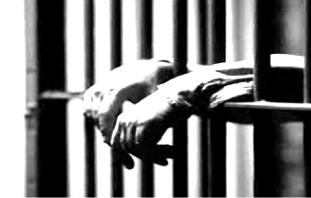 مسئولان قضایی مانع آزادی یک زندانی سیاسی با معلولیت شدید جسمی هستند