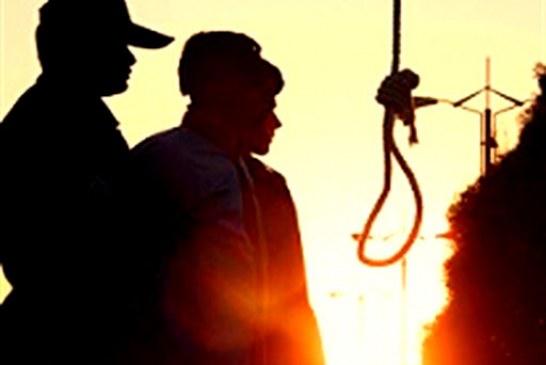 اعدام یک زندانی در ملاءعام در بویین زهرا