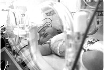 نوزاد ۴۵ روزه در اتاق عمل خفه شد