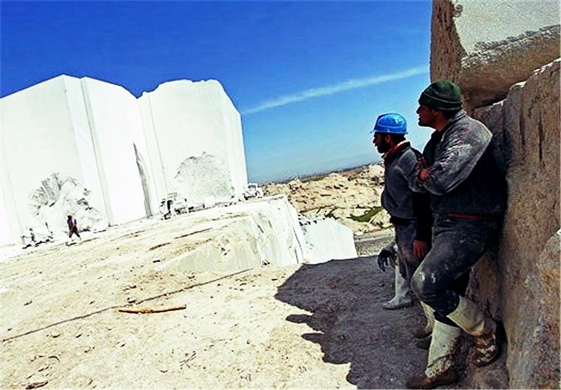 بیکاری ۲۰۰۰ کارگر در پی رکود سنگبریهای استان فارس