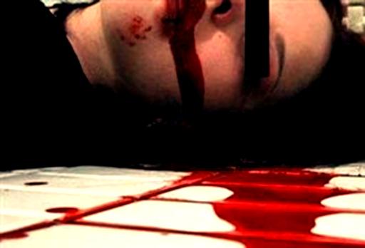 پدری دخترش را بر اثر سوظن به قتل رساند
