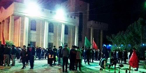 ادامه تجمعات دانشجویان در دانشگاه صنعت نفت آبادان و اهواز
