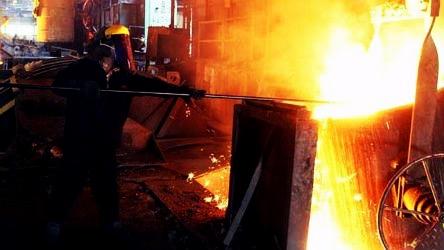طلب مزدی کارگران «فولاد البرز» به شش ماه رسید