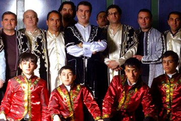 اجرای رقص فولکلور آذربایجانی در کنسرت گروه «آراز» لغو شد