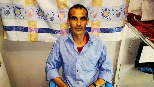 وضعیت بد جسمانی رمضان احمد کمال و انتقال وی به زندان