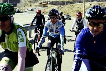 دوچرخهسواری زنان مشهد در حصار دیوارهای سه متری