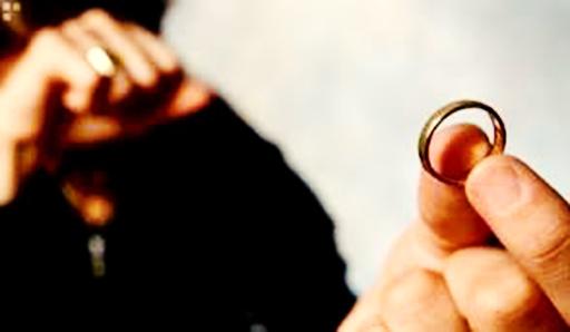 هرساعت ۱۸ طلاق در ایران ثبت می شود