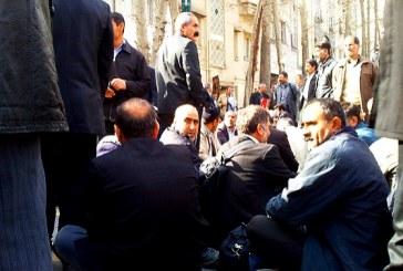در سومین روز از تجمع صنفی کارگران سیمان درود ۱۲ کارگر بازداشت شدند