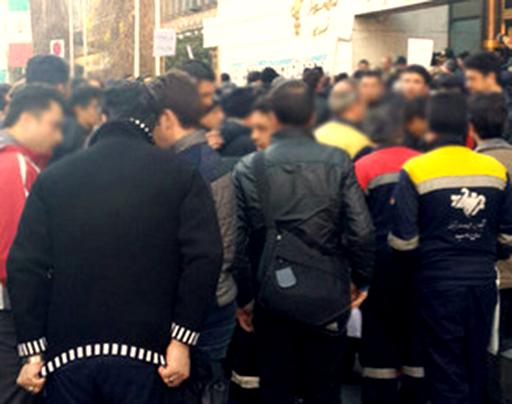 کارگران خدماتی مترو تهران دوباره تجمع کردند