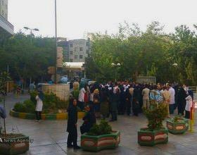 بازداشت تعدادی از پزشکان تجمع کننده مقابل وزارت بهداشت