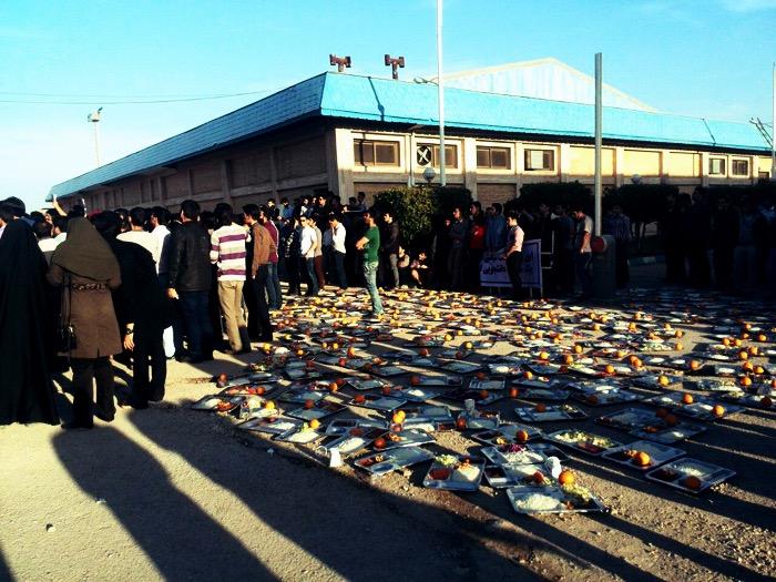 اعتصاب غذاي دانشجويان نفت در آبادان