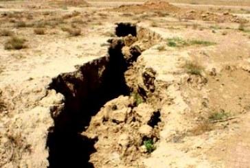 حفر ۱۰۰۰ حلقه چاه کشاورزی در حاشیه تالاب پریشان