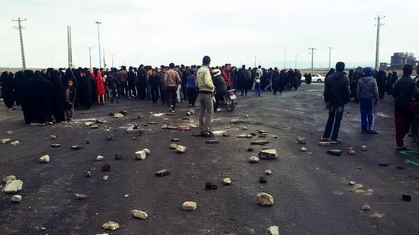 تجمع مردم شهرک شهید باهنر زرند