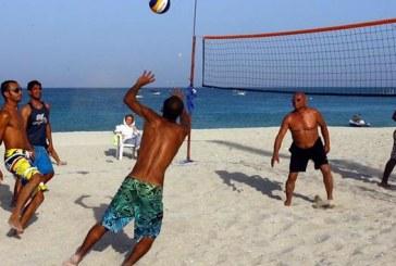 مسابقات جهانی والیبال ساحلی در کیش و وضع نامشخص زنان تماشاگر