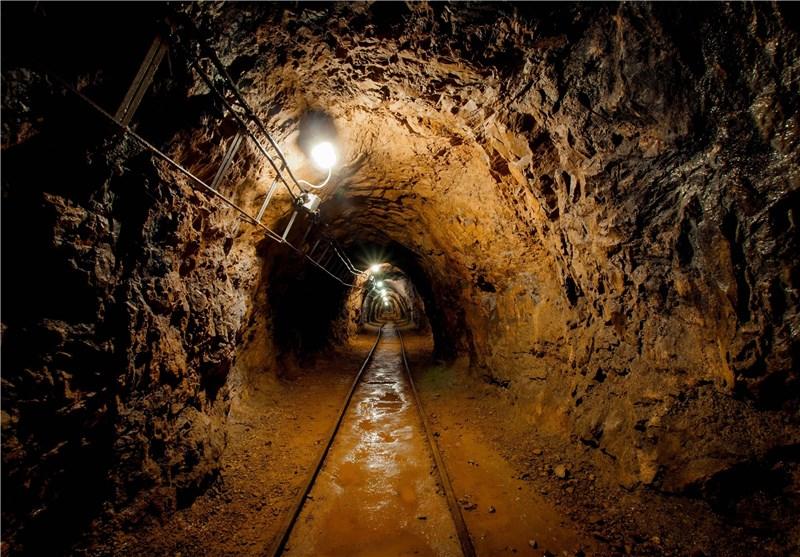 ۷۰ درصد معادن سنگآهن زنجان در گرداب رکود/ بیکاری در انتظار ۲۰۰ کارگر معدن سنگآهن