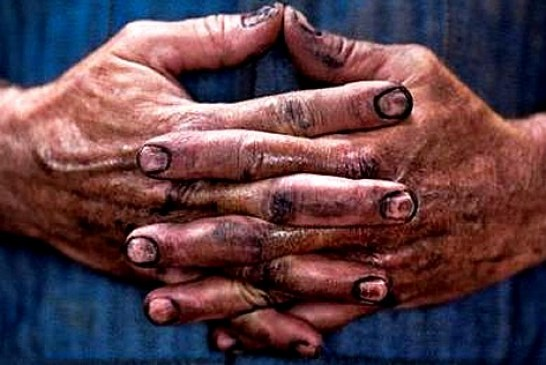 ۸ ماه معوقات مزدی کارگران راهسازی کردستان