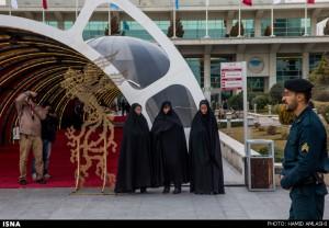 گشت ارشاد در حاشیه جشنواره فیلم فجر ۴