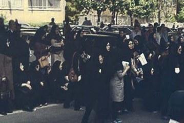 سه ماه عدم دریافت حقوق پرستاران همدان را به خیابان کشاند