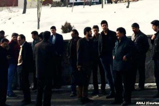 تجمع کافهداران در اعتراض به پلمب ۱۵۰ کافه در تبریز