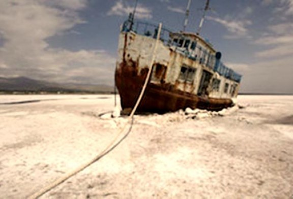خطر دریاچه ارومیه تهران را هم تهدید میکند