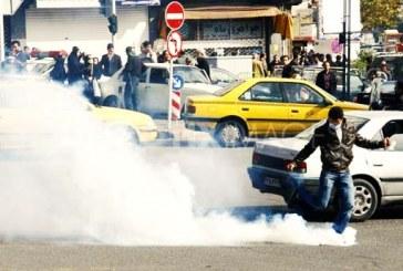 باز هم نیروهای موسوم به بسیج؛ حمله با «گاز اشکآور» به کواکبیان در مسجد ابوذر