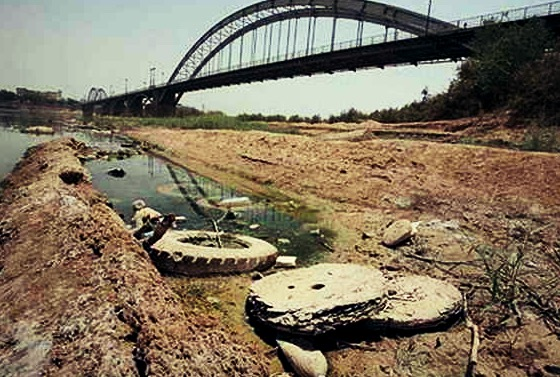 آب رودخانه کارون در حال خشک شدن است