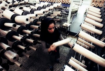 نگرانی کارگران نساجی بروجرد از کوتاه شدن قرار داد کار