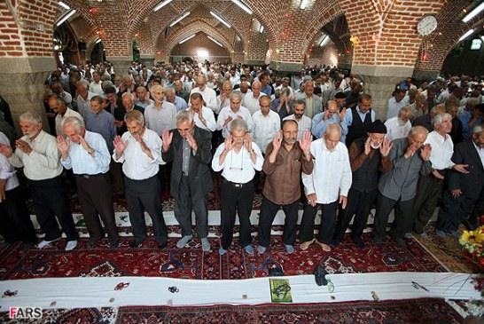 آزادی از زندان به شرط شرکت در نماز جماعت مسجد محل