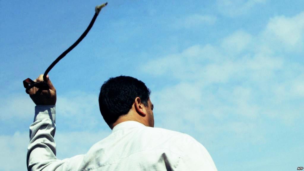 صدورحکم ۴۴۴ ضربه شلاق برای وبلاگ نویس و روزنامهنگار ساوجی