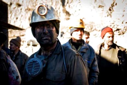 تأخیر در پرداخت مطالبات حقوقی کارگران معدن البرز شرقی