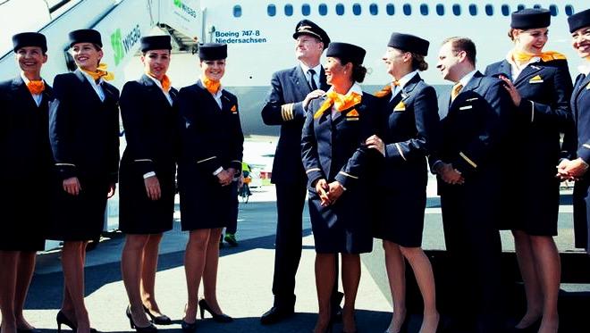 مهمانداران زن ایرفرانس از حضور در پروازهای ایران «مستثنی شدند»