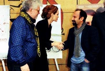 ایران؛ کشوری که دست دادن در آن جرم سیاسی و مشکل ناموسی است