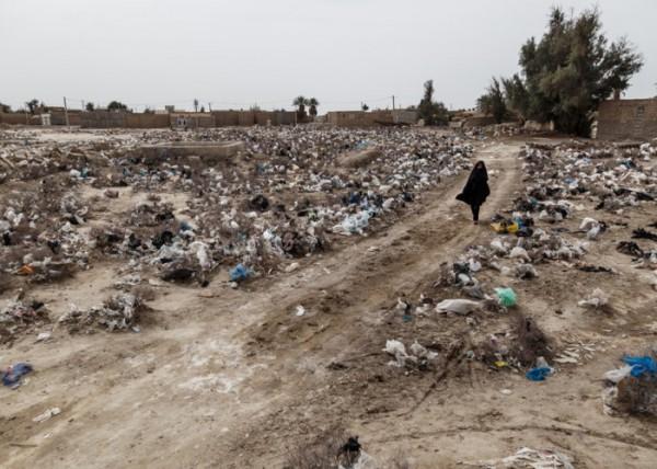 zabol-Iran-Water-sewage02-600×428