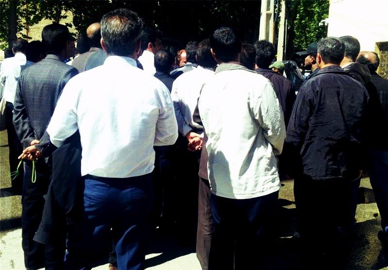 ادامه اعتراضات پرسنل شرکتی مخابرات مشهد