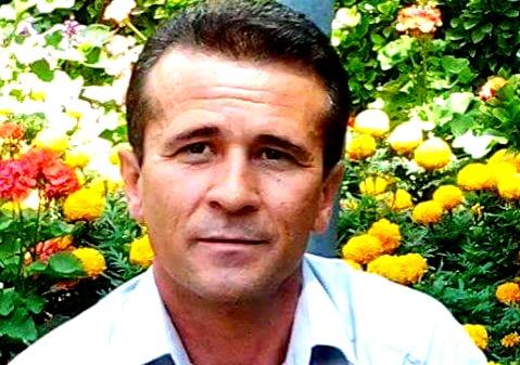 بازگشت جعفر عظیم زاده از بیمارستان به زندان اوین/ ادامه اعتصاب غذا