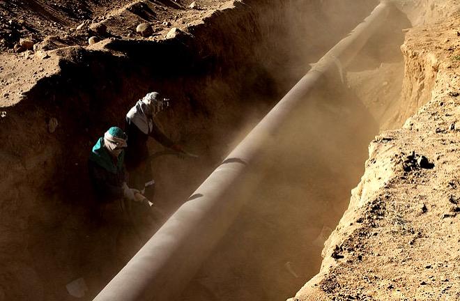 لرستان از آلودگی های زیست محیطی ۸۰۰ کیلومتر خط لوله نفت و گاز با قدمت بالای ۷۰ سال رنج می برد
