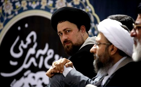 فشار بر اصناف استان گلستان برای مشارکت مالی در برنامه سالگرد آیت الله خمینی