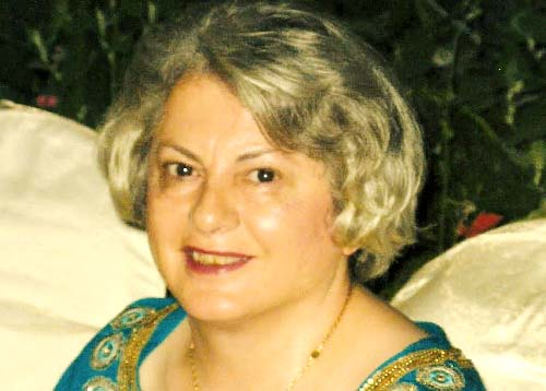 زهره تنکابنی از اعضای «مادران صلح» ممنوع الخروج شد