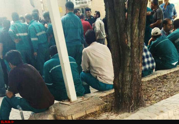 تاخیر در پرداخت مزد، کارگران شهرداری اهواز را به تجمع کشاند
