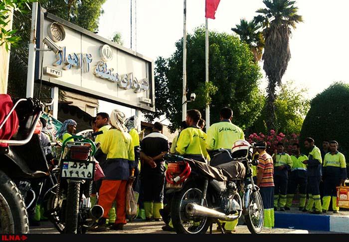 اعتراض کارگران شهرداری منطقه ۴ اهواز