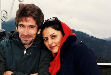 آرش صادقی در اعتراض به ضرب و شتم و انتقال گلرخ ایرایی در اعتصاب غذا و دارو به سر میبرد