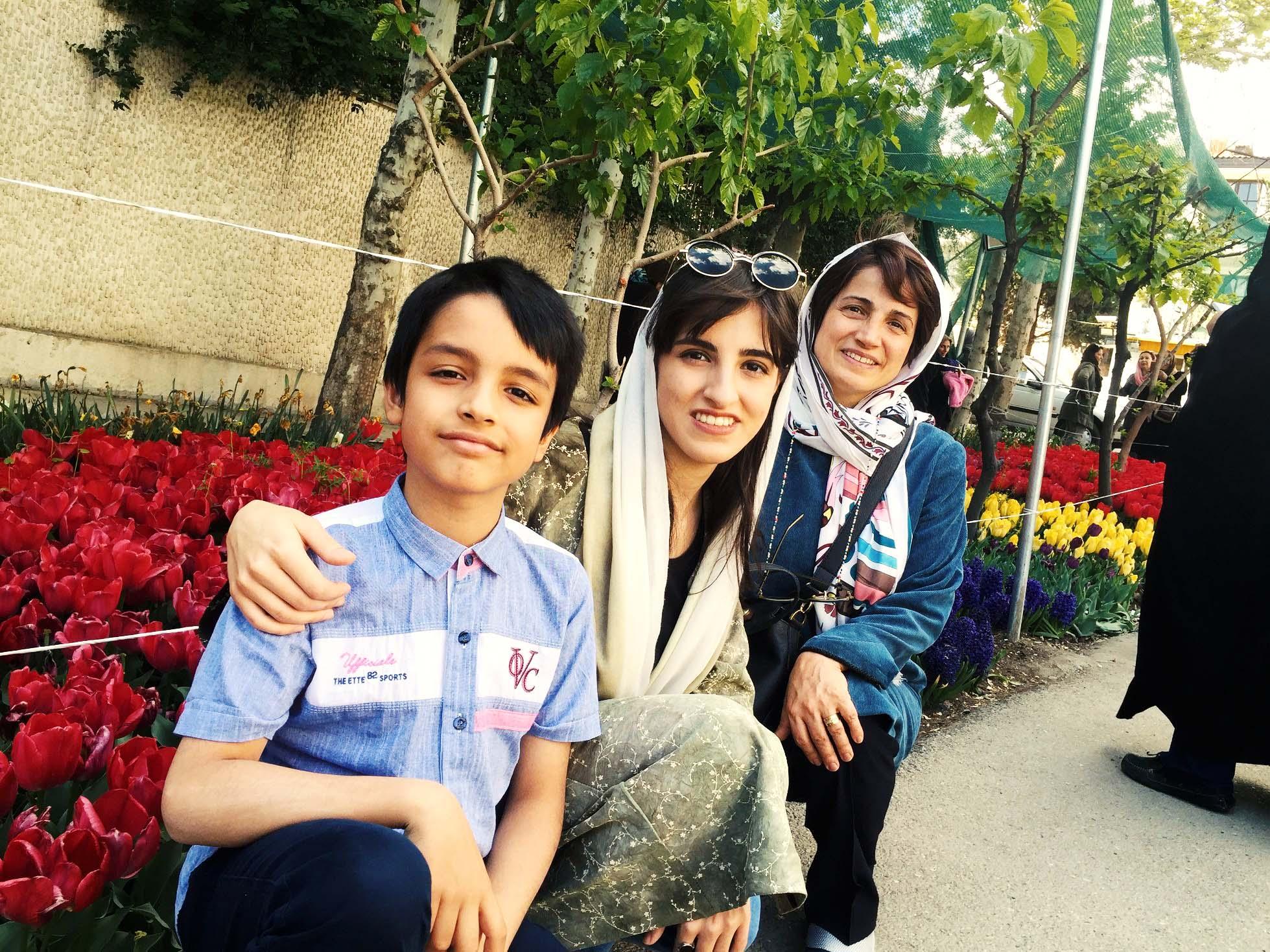 دختر ۱۷ ساله نسرین ستوده برای دومین بار ممنوعالخروج شد