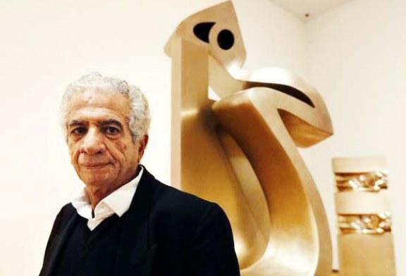 واکنش یک حقوقدان نسبت به اتهامات پرویز تناولی: معلوم نیست با چه معیاری مجسمه باعث تشویش اذهان شده؟