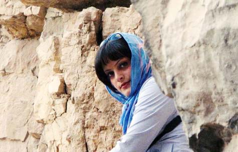 احضار یکتا فهندژ به اداره اطلاعات شیراز