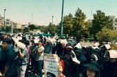 تجمع دانشجویان صنعت نفت در مقابل مجلس وارد هفته دوم شد